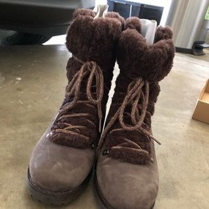 Ugg Fraser Boots